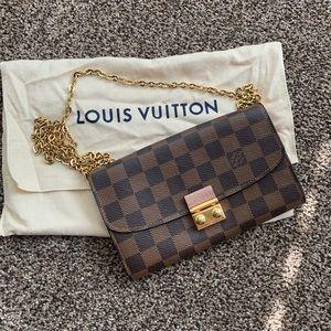 Louis Vuitton Croisett Chain Walet